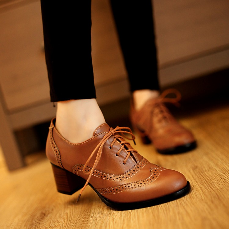 Ένα έξυπνο tip για να ανοίξεις τα στενά σου δερμάτινα παπούτσια ... 4b1038fb555