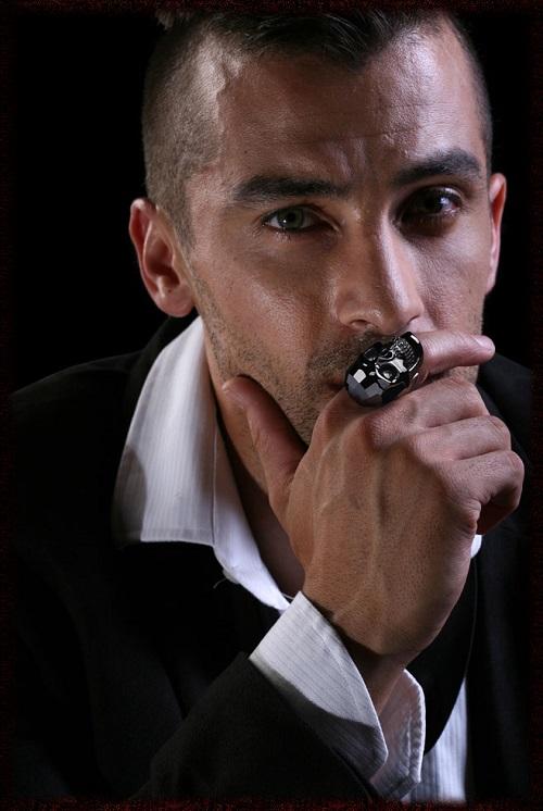 Μάθε τι συμβολίζει το δαχτυλίδι ανάλογα με το δάχτυλο στο οποίο το ... 77ef066a8ba