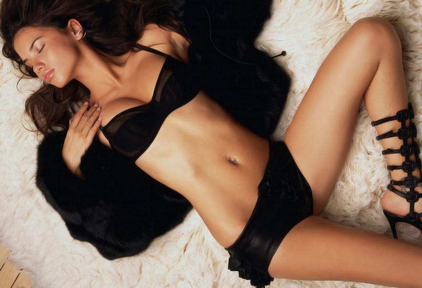 Μοντέλα χωρίς γυμνό