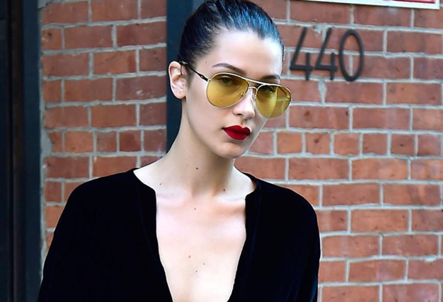 a15f613a60 Τα κίτρινα γυαλιά ηλίου είναι η νέα μόδα του φετινού καλοκαιριού ...