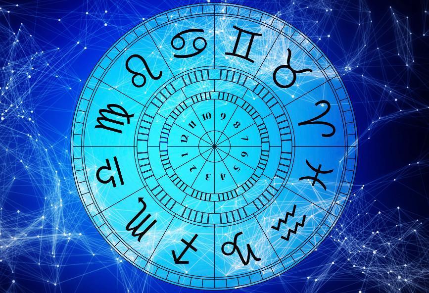 βγαίνω με μια αστρολογία. Ruby ραντεβού
