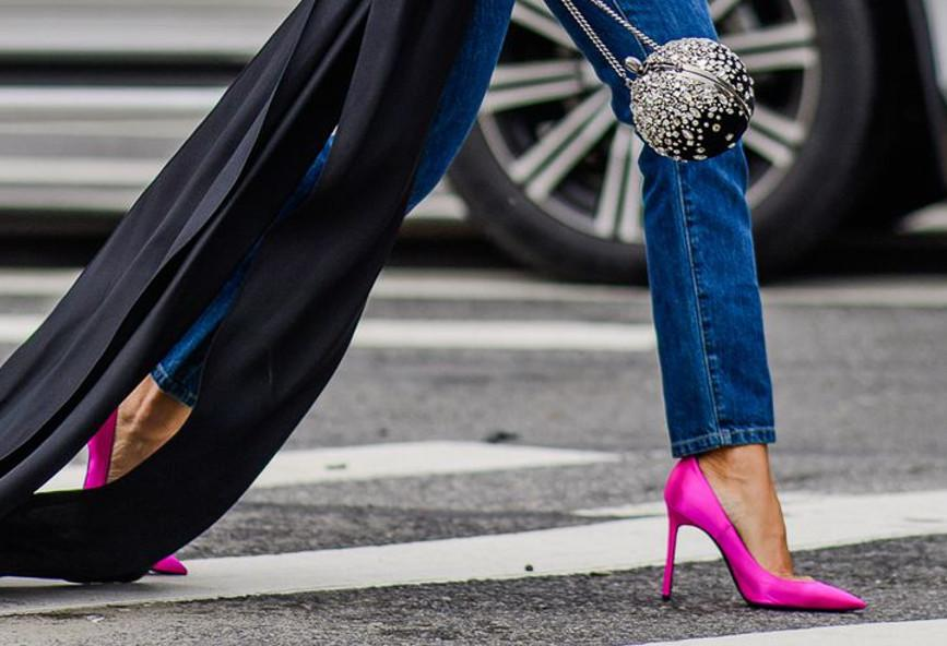 72c70b0ca87 Τα τρία shoe trends που θα δεις να φορούν πολλές αυτή την άνοιξη ...