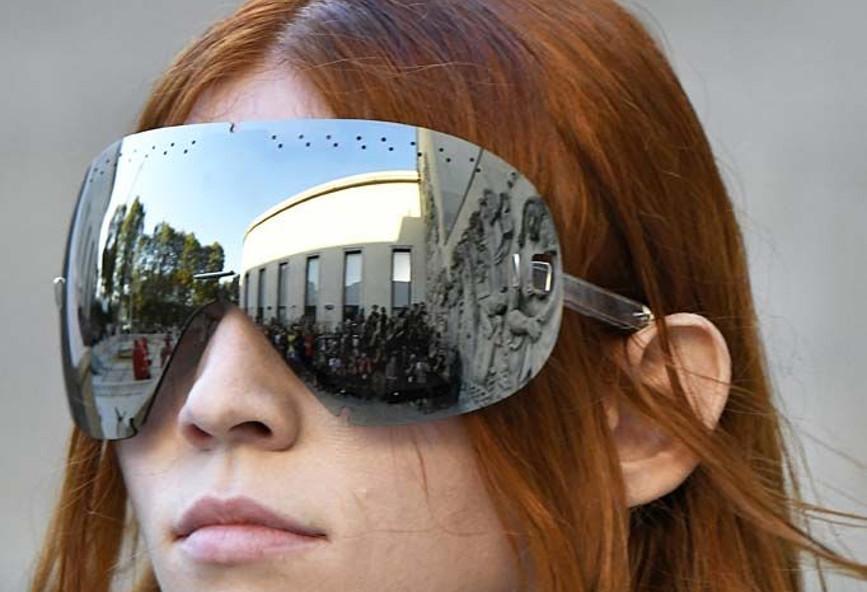 f0d71724f372 Αυτό το στυλ στα γυαλιά ηλίου φέτος θα φορεθεί πολύ  εικόνες ...