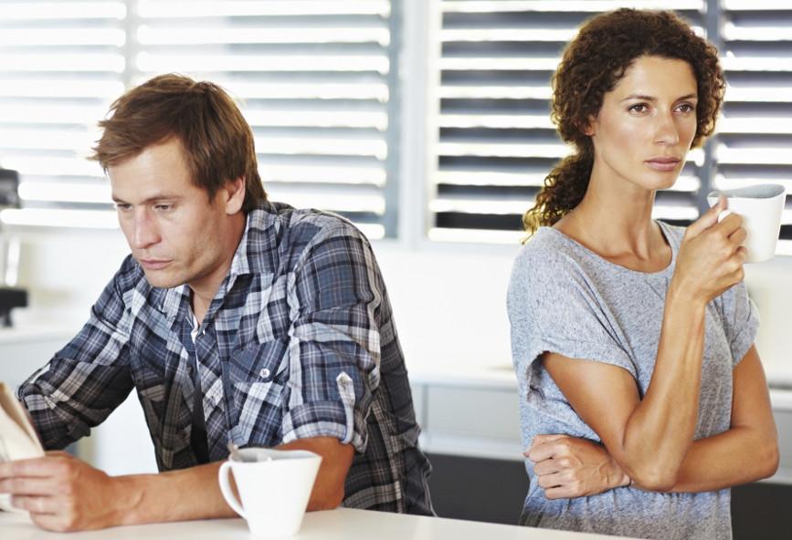 Dating φίλες συγκάτοικος Πώς λειτουργεί η χρονολόγηση άνθρακα στο YouTube