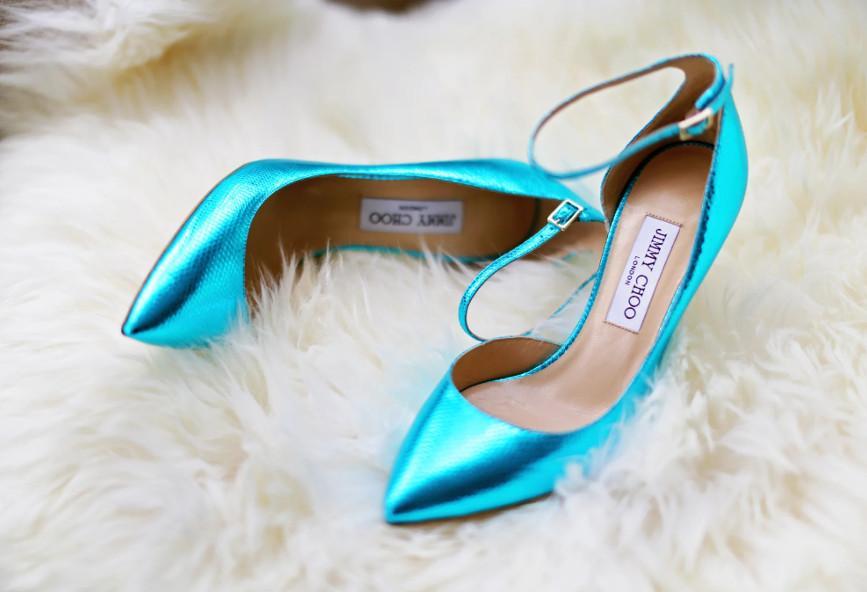 f7d0b48070a Ένα έξυπνο tip για να ανοίξεις τα στενά σου δερμάτινα παπούτσια ...