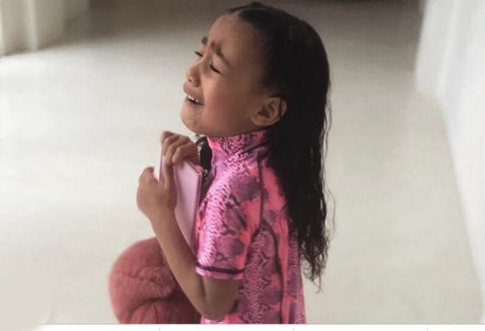 b84b72540e3 Δείτε γιατί πλάνταξε στο κλάμα η κόρη της Kim Kardashian [εικόνες]