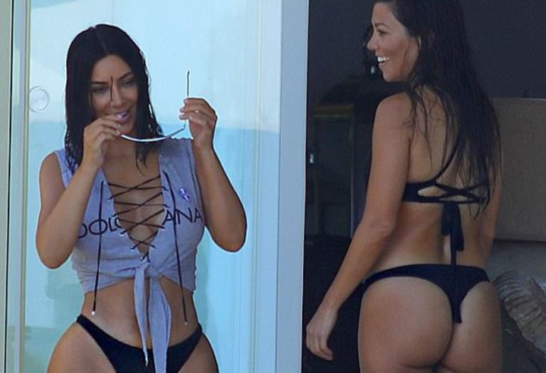 Δύο αδελφές Kardashian παλαβώνουν το Μεξικό [εικόνες] - Κεντρική Εικόνα
