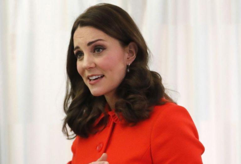 Γιατί η Kate Middleton εμφανίστηκε χωρίς να φοράει τη βέρα της; [εικόνες] - Κεντρική Εικόνα