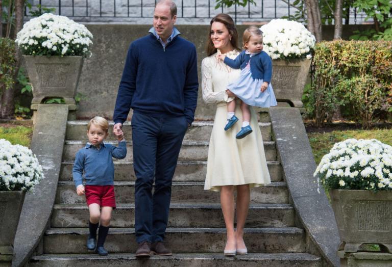 Τα πριγκιπόπουλα πήγαν σε παιδικό πάρτυ και ήταν πολύ χαριτωμένα [εικόνες] - Κεντρική Εικόνα