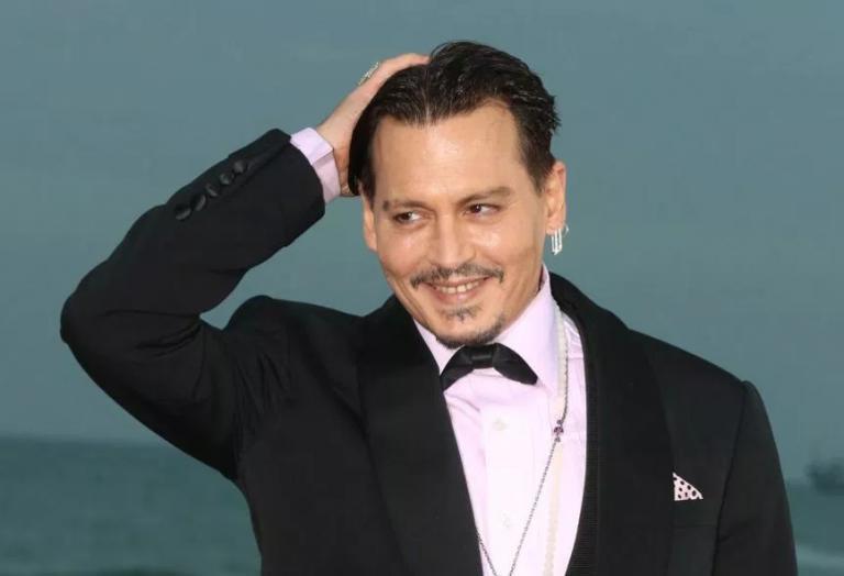 O Johnny Depp ετοιμάζεται να παντρευτεί μια Ρωσίδα [εικόνες] - Κεντρική Εικόνα