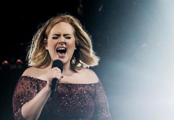 H Adele έστειλε το δικό της μήνυμα για το ρατσισμό  - Κεντρική Εικόνα
