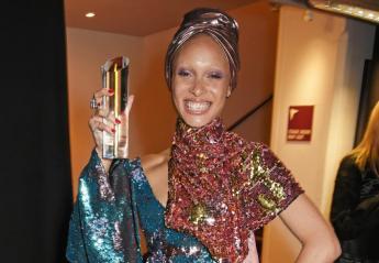 Ποια είναι η 25χρονη που κέρδισε τον τίτλο του μοντέλου της χρονιάς [εικόνες] - Κεντρική Εικόνα