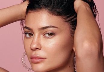 Kylie Skin: Η Kylie Jenner λανσάρει νέα σειρά περιποίησης δέρματος [εικόνες] - Κεντρική Εικόνα