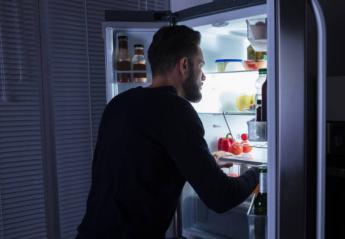 Έχεις βραδινές λιγούρες; Τα 7 σνακ που μπορείς να φας χωρίς ενοχές - Κεντρική Εικόνα