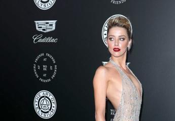 Η Amber Heard έκανε μια εκθαμβωτική εμφάνιση με διάφανο φόρεμα [εικόνες] - Κεντρική Εικόνα