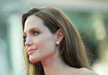 Δείτε πως γιόρτασε τα 43α της γενέθλια η Angelina Jolie [εικόνες] - Κεντρική Εικόνα