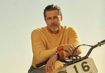 """O """"αιώνια cool"""" Brad Pitt πόζαρε στο GQ και όλοι υποκύπτουν στη γοητεία του  - Κεντρική Εικόνα"""
