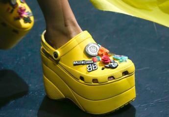 Αυτά τα πανάκριβα Crocs - πλατφόρμες έγιναν sold out σε χρόνο ρεκόρ - Κεντρική Εικόνα