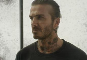 Χιλιάδες κουνούπια απειλούν τον David Beckham σε ένα βίντεο με καλό σκοπό - Κεντρική Εικόνα