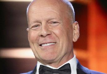 O Bruce Willis έγινε τύφλα στο μεθύσι στο Λονδίνο [εικόνες] - Κεντρική Εικόνα