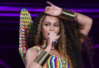 Viral έγινε η... φαρμακερή ματιά που έριξε η Beyonce στον Ed Sheeran [βίντεο] - Κεντρική Εικόνα