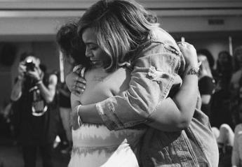 Η Beyoncé στο πλευρό των πληγέντων του Χάρβεϊ - Κεντρική Εικόνα