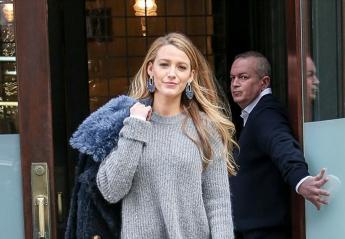 H Blake Lively ξέχασε να φορέσει το παντελόνι της; [εικόνες] - Κεντρική Εικόνα