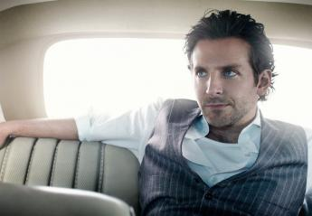 Ο Bradley Cooper έπαιξε κιθάρα στη σκηνή του Glastonbury; [εικόνες] - Κεντρική Εικόνα