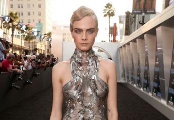 "H Cara φόρεσε το πιο space ""γυμνό"" φόρεμα [εικόνες] - Κεντρική Εικόνα"