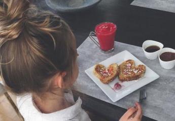 Όταν το παιδί πεινάει συνέχεια: Πώς να το βοηθήσετε να ελέγξει το βάρος του - Κεντρική Εικόνα