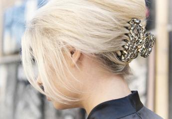 """Αυτά τα """"παρεξηγημένα"""" αξεσουάρ μαλλιών επιστρέφουν στη μόδα [εικόνες] - Κεντρική Εικόνα"""