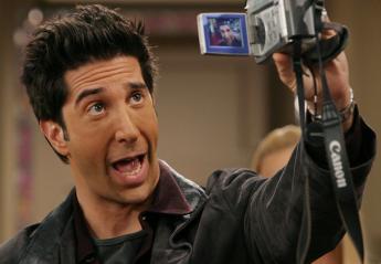 Το YouPorn προσφέρει 1 εκατομμύριο δολάρια στον... Ross από τα Φιλαράκια  - Κεντρική Εικόνα