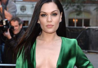 H Jessie J έδειξε σε όλους με καμάρι την κυτταρίτιδα της [εικόνα] - Κεντρική Εικόνα