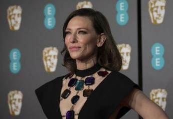 Η Cate Blanchett έγινε σχεδόν αγνώριστη και τόλμησε ένα hot hair trend [εικόνες] - Κεντρική Εικόνα