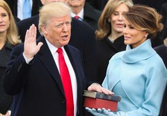 Το νέο άγαλμα της Melania Trump είναι ξύλινο και δεν θυμίζει καθόλου τη Melania - Κεντρική Εικόνα