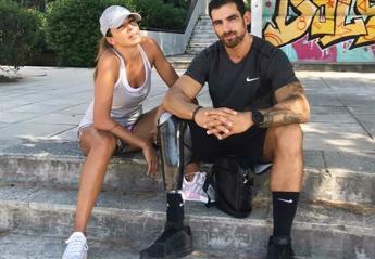 Η Ελένη Χατζίδου είναι φουλ ερωτευμένη με έναν παραολυμπιονίκη [εικόνες] - Κεντρική Εικόνα