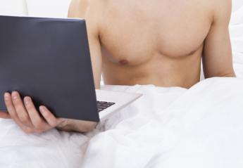Πως το πορνό και το Ίντερνετ καταστρέφουν την ερωτική ζωή των αντρών; Μια έρευνα απαντά - Κεντρική Εικόνα