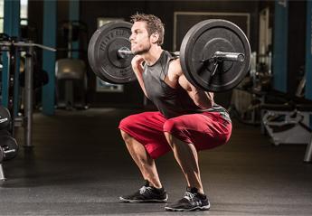 Θέλεις να ξεκινήσεις να κάνεις βάρη και squats; Μάθε πως θα το κάνεις με ασφάλεια - Κεντρική Εικόνα