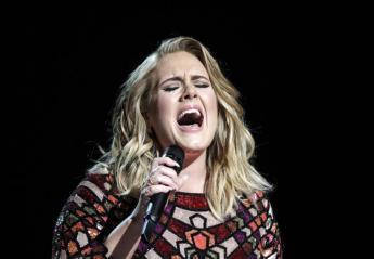 Η Adele γλέντησε με την ψυχή της στη συναυλία των Spice Girls [βίντεο] - Κεντρική Εικόνα