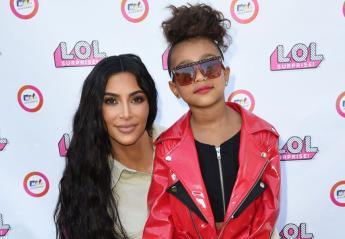 H 5χρονη κόρη της Kim Kardashian έκανε την πρώτη της πασαρέλα [βίντεο] - Κεντρική Εικόνα