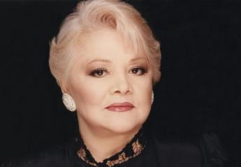 H Μαίρη Λίντα τραγούδησε στο γηροκομείο και μάγεψε τους πάντες [βίντεο] - Κεντρική Εικόνα