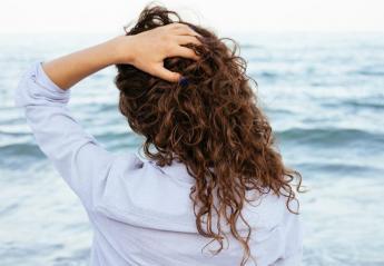 Πείτε αντίο στο φριζάρισμα των μαλλιών με 3 απλά πράγματα - Κεντρική Εικόνα
