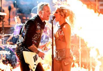 Metallica & Lady Gaga σε ένα live - φωτιά [βίντεο] - Κεντρική Εικόνα