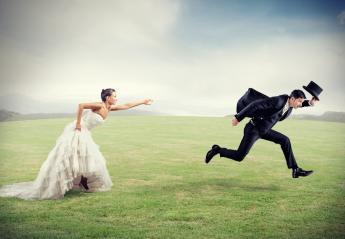 Ζώδια: Ποια λατρεύουν τον γάμο και ποια ανατριχιάζουν ακόμα και στην ιδέα! - Κεντρική Εικόνα