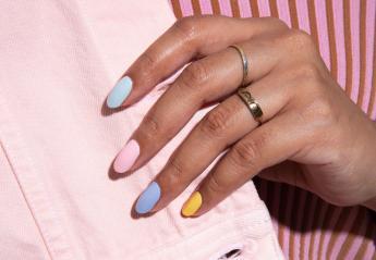 Βάψατε τα νύχια σας; Πέντε tips για να στεγνώσουν σε χρόνο dt [βίντεο] - Κεντρική Εικόνα