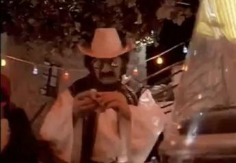 Ο Χάρρυ Κλυνν έγινε viral μετά τις δηλώσεις του Πέτρου Κωστόπουλου [βίντεο] - Κεντρική Εικόνα