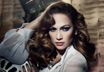 H Jennifer Lopez δείχνει τα σέξι οπίσθιά της σε νέα διαφημιστική καμπάνια  - Κεντρική Εικόνα