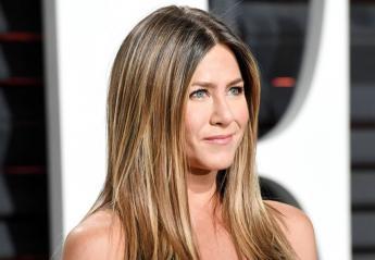 Πολλοί απόρησαν που η Jennifer Aniston εμφανίστηκε με βέρα [εικόνες] - Κεντρική Εικόνα