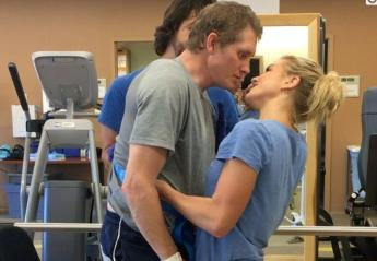 Το φιλί αυτού του ζευγαριού έγινε viral για τον πιο συγκινητικό λόγο [βίντεο] - Κεντρική Εικόνα