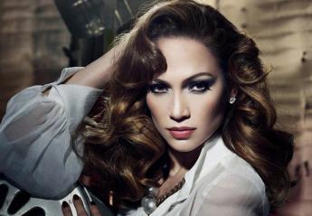 H Jennifer Lopez με μια διαφήμιση κέρδισε μια θέση στην ιστορία της μόδας - Κεντρική Εικόνα